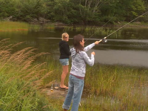 Lake Breeze Campground & Cottages fishing